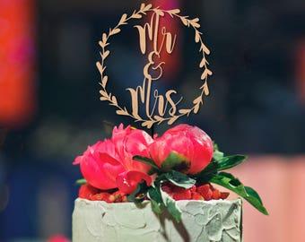 Mr & Mrs Monogram Wreath SVG - Cake Topper - Wedding Decal - Wedding Bag Tags - Mixer Decal -Silhouette Cut Files - Cricut Cut Files