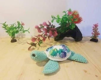 African motifs sea turtle, sea turtle, amigurumi turtle, sea turtle toy, flowers, flower turtle, stuffed sea turtle, flow
