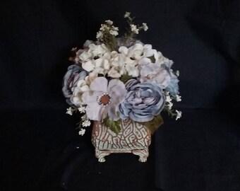 Classic Dusty Blue and Cream Hydrangea
