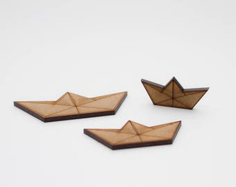 Little paper board - 3 Wooden pieces to decorate or make any type of crafts.