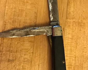 Vintage Camillus Pocket Knife