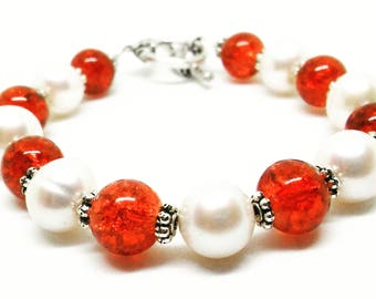 Freshwater Pearls and Red Cherry Glass Beads Bracelet