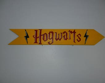 Hogwarts School Sign, Harry Potter signs, School Signs, Destination signs, Custom Directional sign, Personalized sign, tiki bar sign