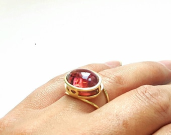 Yellow gold ring with pink tourmaline