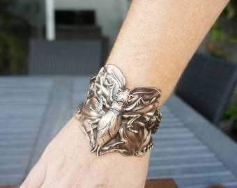 Art Nouveau Locust on Ginko Leaf Cuff Bracelet French Brass Antique Vintage Style