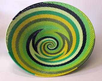 isiZulu telephone wire bowl (Imbenge bowl), greens and yellow