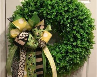 Medium Boxwood wreath