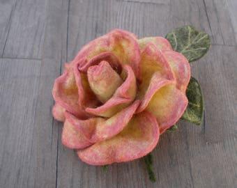 Brooch pink rose Brooch flower Felt brooch Rose decoration Accessory