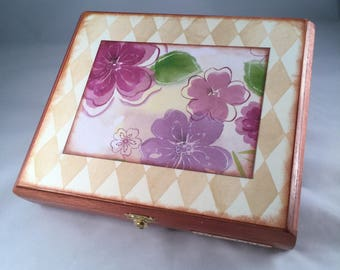 Altered Cigar Box, Keepsake Box, Jewelry Box, Treasure, Floral, Flowers, Diamonds