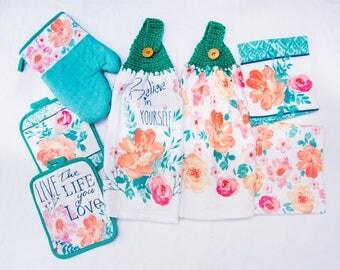 7 Piece Believe In Yourself Kitchen Towel Set - Crochet Top