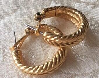 Vintage Monet Textured Gold Hoop Leverback Earrings 1980s