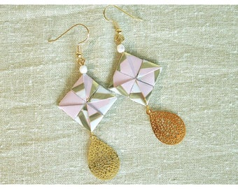 Paper filigree earrings