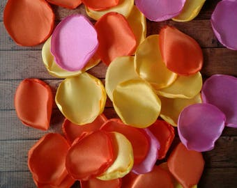 Rubber duck baby shower, rubber ducky baby shower, rubber duckies baby shower, rose petals, party table decorations, party supplies.