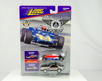 Johnny Lightning Indianapolis 500 Champions 1979 Rick Mears 1/64 Diecast