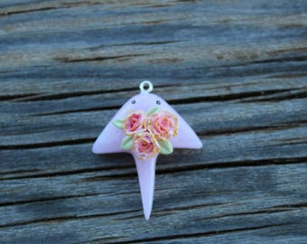 manta ray charm with roses,manta ray,ray with roses,roses,leaves,rose quartz