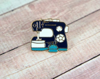 Sewing Machine Pin - Sewing Brooch - Seamstress Pin - Enamel Pin - Lapel Pin - Seamstress Gift - Embroidery Gift