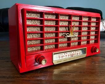 Retro 1950's Silvertone Bluetooth Speaker