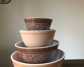 Vintage Pyrex Woodland Nesting Bowl Set of 4