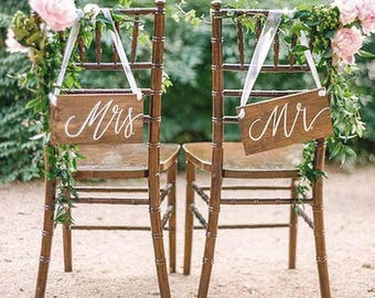 Mr and Mrs wedding signs- wooden signage-wedding sign his and hers-hanging seat signs-
