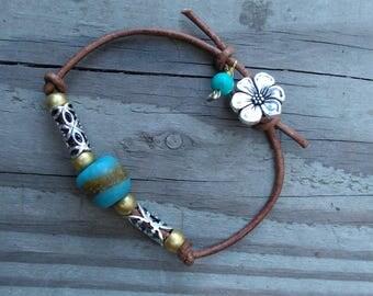 Trade Bead Bracelet, Women's Bracelet, Tribal Bracelet, Trade Bead Jewelry, Women's Jewelry, Leather Bracelet, Turquoise Bracelet