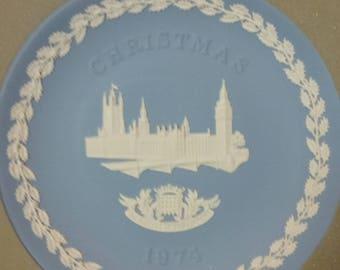 1974 wedgewood jasperware Christmas plate