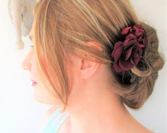 Wedding-ceremony bun Burgundy chiffon flower hair comb/hair.