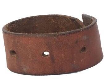 Vintage Leather Minimalist Cuff