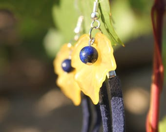 """Falling"" earrings, Lapis Lazuli of leaves and vines"