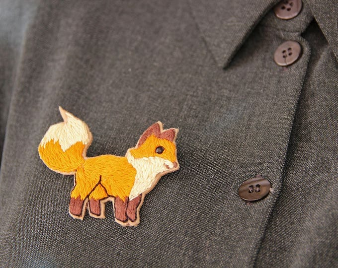 Embroidery Fox brooch Woodland animal brooch Animal miniature pin Fox jewelry Embroidered brooch Animal lover gift Fox lover gift for her