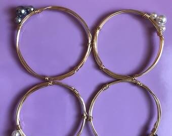 Single Pearl Wire Bracelet