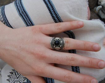 Tibetan Silver Onyx Ring