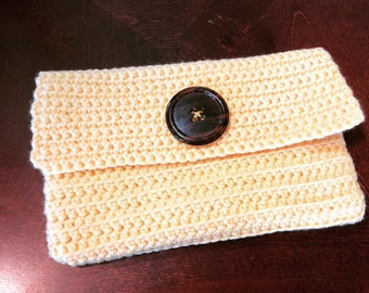 Pale Yellow Clutch