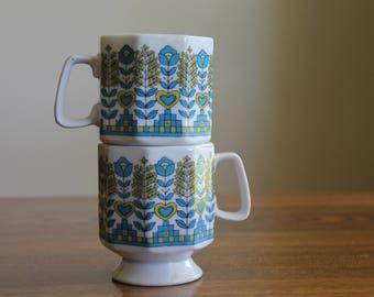 Vintage Floral Stacking Mugs,  Japan Pedestal Mugs, Scandinavian Design Mugs