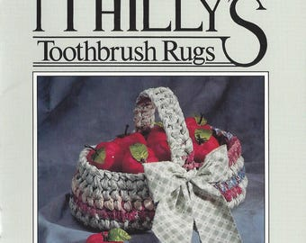 Aunt Philly's Toothbrush Rugs Oval Basket