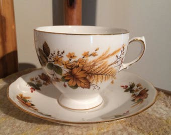 Queen Anne vintage tea cup