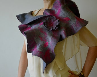 Women gray scarf Felted wool wrap Merino wool shawl Elegant shawls Ruffle scarf women Gray wool collar Gray felted scarf Long felted scarves