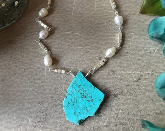 Turquoise Howlite Necklace Beaded, Cabana Necklace