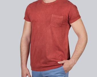 Red organic cotton t-shirt