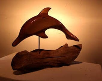 Dolphine, Walnut Finish