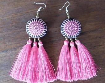 long tassle earrings Pink