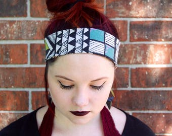 Wide Adjustable/Reversible Geometric Print Headband