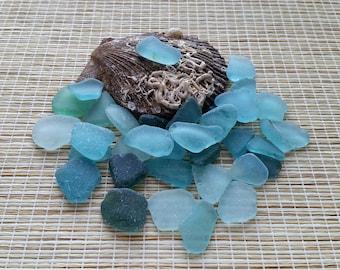 "35 surf tumbled sea glass Bulk Light Blue, Aqua sea glass Size 0.6-1"" Genuine beach glass. For jewelry, mosaic, terrarium#276#"