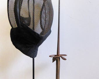 Fantastic antique fencing mask on stand with antique foil .... fence sports memorabilia Fechten Fechtsport antikes Florett schermmasker