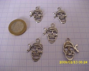 """set of 5 charms """"pirate head"""" silver metal"""