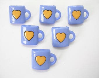 LOT 6 buttons: Blue Cup + 13mm yellow heart