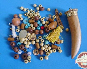 120 beads and wooden tooth chili ethnic turquoise glass pendant