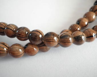 20 style agate painted in Brown ridged black beads 8 mm