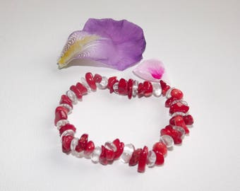 Bracelet red coral chips and rock crystal