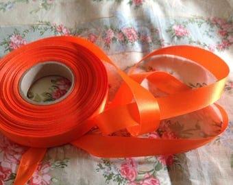 Fairly rigid satin ribbon, bottom mat, 15mm wide