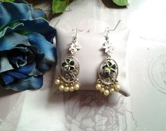 Dangling tiare flower and Pearl Earrings